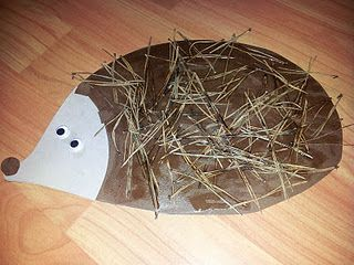 DIY Pine Needle Porcupine craft for kids - love the nature idea! #Cheap art project