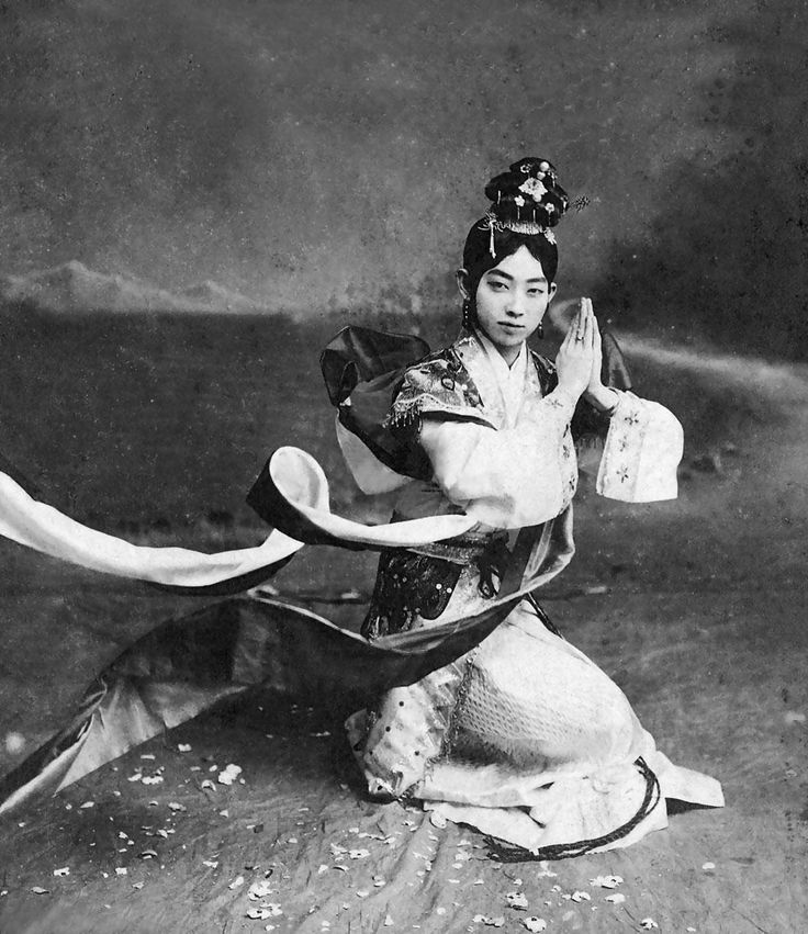 Mei Lanfang (1894-1961), male actor of Beijing Opera in the stage dress of a young woman