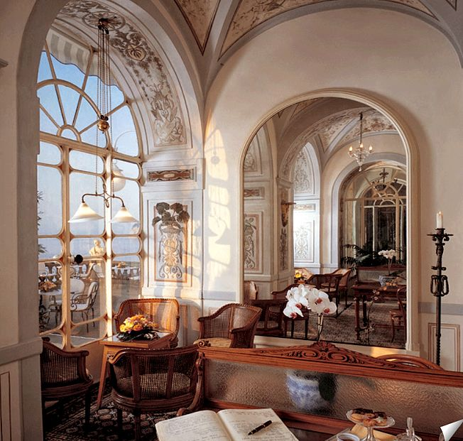 Grand Hotel Excelsior Vittoria Sorrento İtaly...