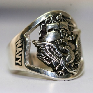 US Navy Ring. Someone Should get this for me....