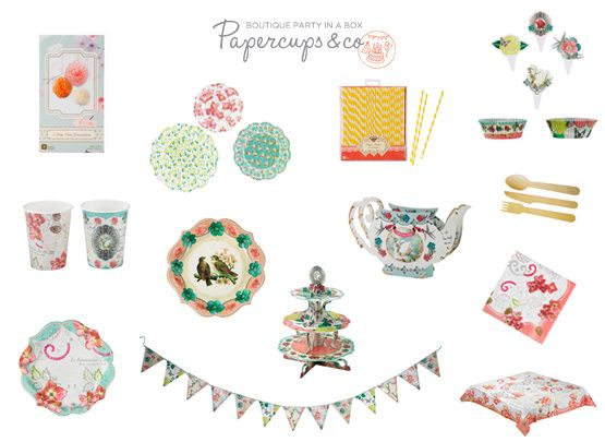 12 χάρτινα πιάτα φαγητού / σε 2 σχέδια 12 χάρτινα ποτήρια / σε 2 σχέδια 20 χαρτοπετσέτες 30 χάρτινα καλαμάκια 12 πιρούνια/ 12 μαχαίρια/ 12 κουτάλια 1 σετ θήκες & διακοσμητικά για cupcakes [η