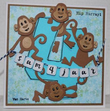 Gemaakt door Joke # Kinderkaart voor Sam die 4 jaar is geworden.. 4 ondeugende aapjes klimmen en klauteren op de 4