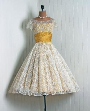 1950's vintage lace dress. beautiful. by veerke