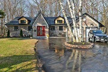 Detached - 4+1 bedroom(s) - Toronto - $1,399,000