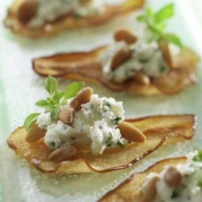 These unique Ontario Pear Crisps look beautiful and are simple to make. The perfect appetizers for your next holiday party!