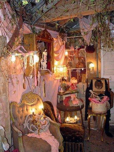 Junk Gypsy by carries2luvs, via Flickr