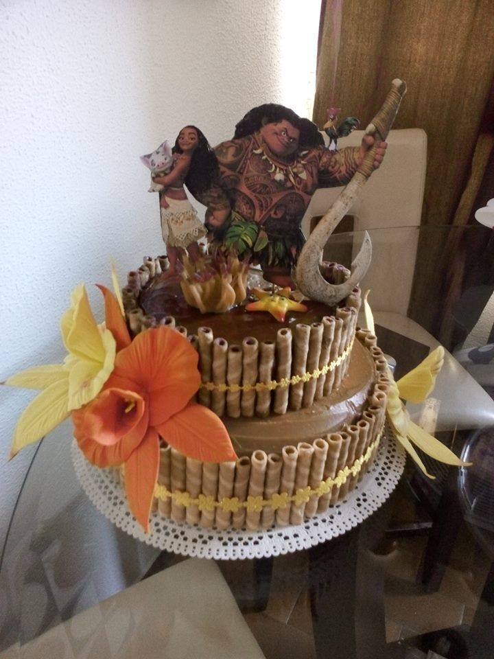 Moana Vaiana Cake, Fácil de hacer, inténtalo, arequipe, carolas y flores de foami. Tu propio pastel de Moana.