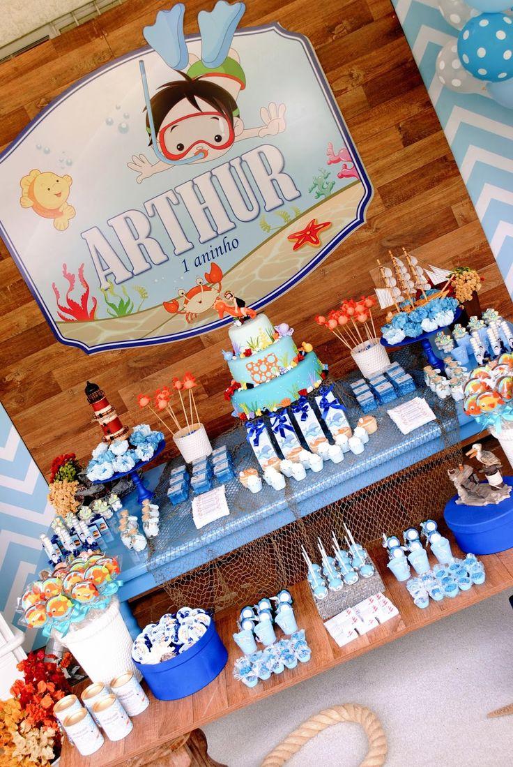 Festa Fundo do Mar para comemorar 1 aninho do Arthur           Bolo fake feito pela Silvia Medina     forminhas     mini baleiro  ...