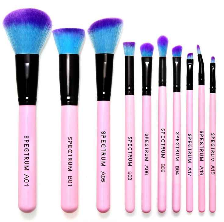 Pink ombre makeup brushes inspired by unicorns and made for merbabes! Our best selling set consists of 10 must-have brushes for complete makeup looks!