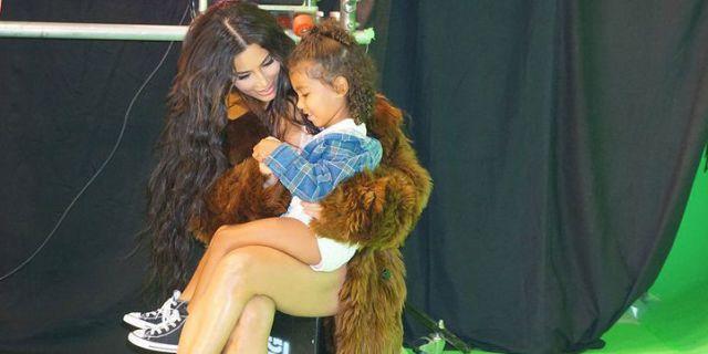 Kim Kardashian and North West Cozy Up on Set - HarpersBAZAAR.com