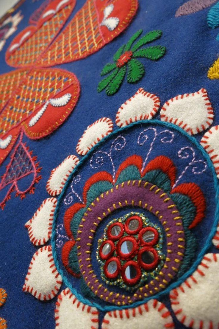Hommage à Dalarna, embroidery by Karin Derland. (Photo Karin Derland)