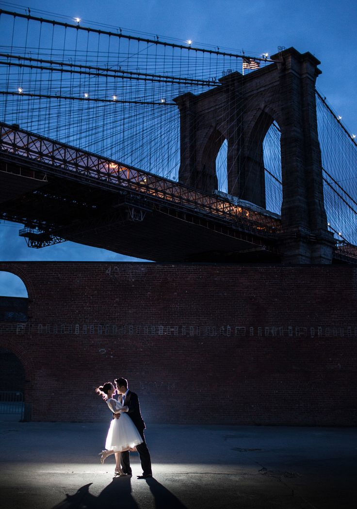 A super romantic wedding photography at DUMBO area in Brooklyn, New York City.  Doing the engagement session at dusk and at night yields unique images.  #nywedding