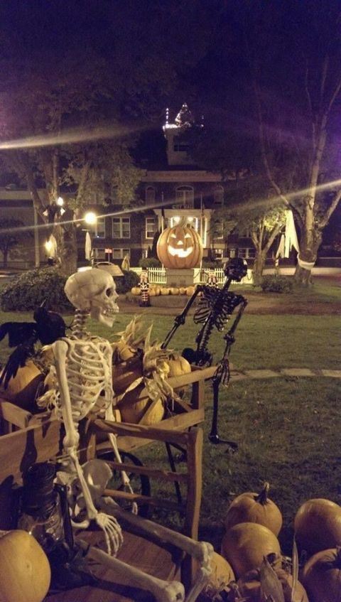 Halloweentown Celebration in St. Helens, Oregon - Best Town to Celebrate Halloween