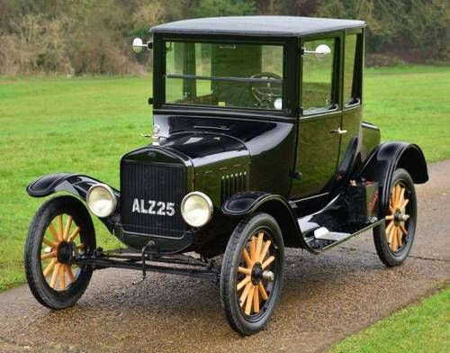 The dream car right here!   1924 Model T Ford Doctors Coupé