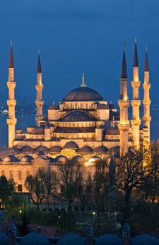 Istanbul - been there - this is stunning at night!