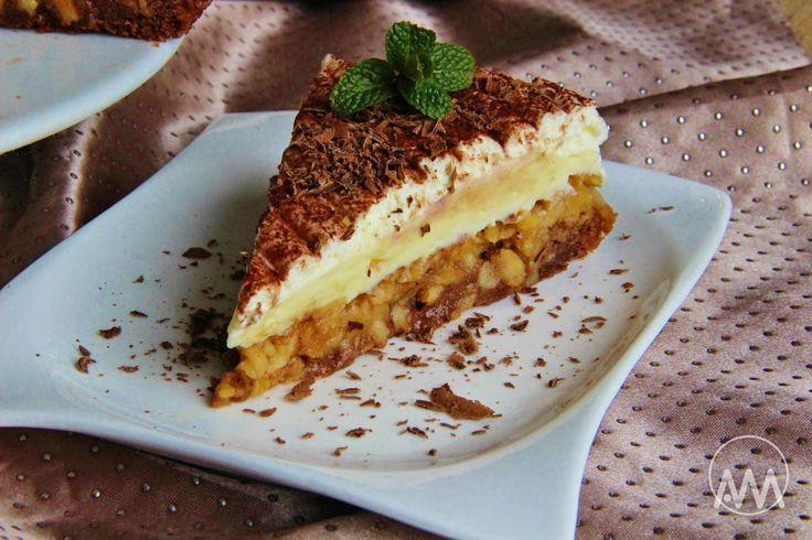Recept na Obrácený jablkový koláč s pudinkovým krémem z kategorie snadno a rychle: Těsto:  3 vejce, 75 g cukru krupice, 1/2 vanilínového cukru, 150 ...