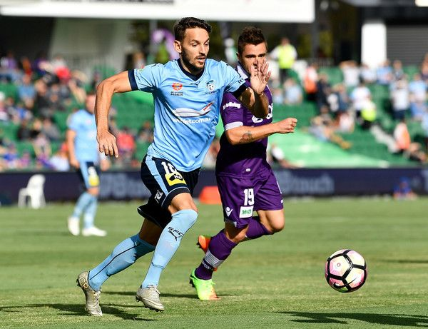Milos Ninkovic Photos - Milos Ninkovic of Sydney FC controls the ball during the round 24 A-League match between Perth Glory and Sydney FC at nib Stadium on March 26, 2017 in Perth, Australia. - A-League Rd 24 - Perth v Sydney