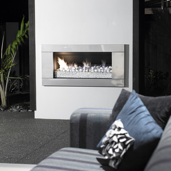 $3800 Escea Outdoor Gas Stainless Steel Fireplace - Ferro Front