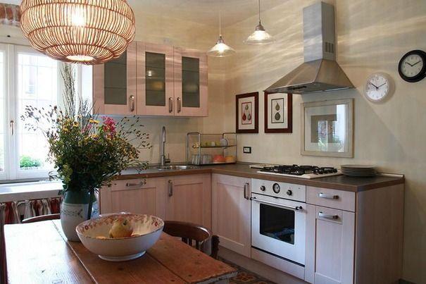 Casa Rurale e vacanze a prezzi accessibili in Albenga, Italia - sleeps 9 people, 3 camere da letto