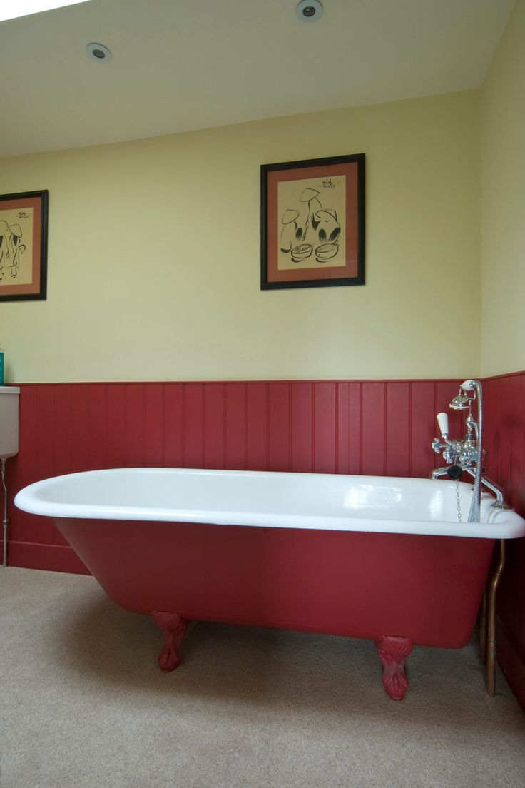 Farrow & Ball Farrow's Cream 67 - Bathroom walls painted with Farrow's  Cream (tongue and groove in Rectory Red)