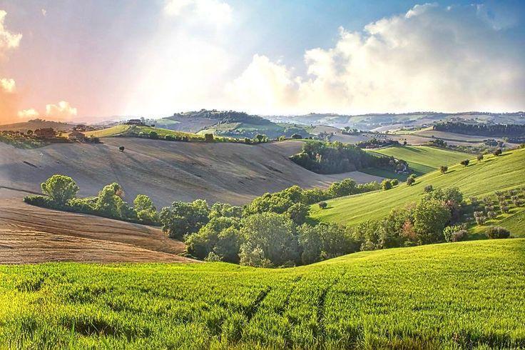 The therapeutic landscape in the Fermo province of Le Marche #discoverymarche #destinationmarche  #volgofermo #volgomarche #italy #travelphotography