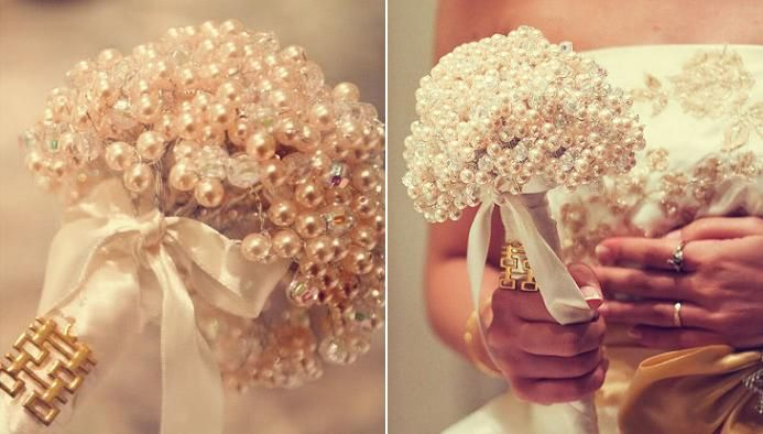 Pearls, pearls, pearls: Pearls Bouquets, Bridal Bouquets, Wedding Bouquets, Unique Wedding, Flowers Girls, Floral Bouquets, Wedding Reception, Bridesmaid Bouquets, Pearls Wedding