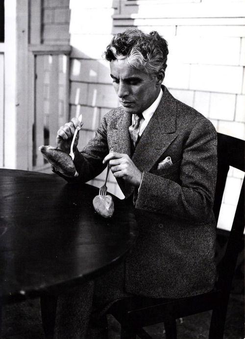 Charlie Chaplin - http://en.wikipedia.org/wiki/Charlie_Chaplin