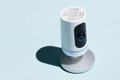 Vivint Ping – Two-Way Kamera, die das Smart Home revolutionieren soll.  Die Vivint Ping Kamera ermöglicht erstmals eine echte Two-Way-Kommunikation auf Knopfdruck. Features: Infrarot-LEDs, 140 Grad, HD Qualität. Aktuell befindet sich das Unternehmen in laufenden Gesprächen mit Amazon, um eine Synergie zu Amazon Echo herzustellen. Erwartet wird die Vivint Ping Kamera im 2. Quartal 2016. Der Preis steht noch nicht fest.  #smarthome #homeautomation