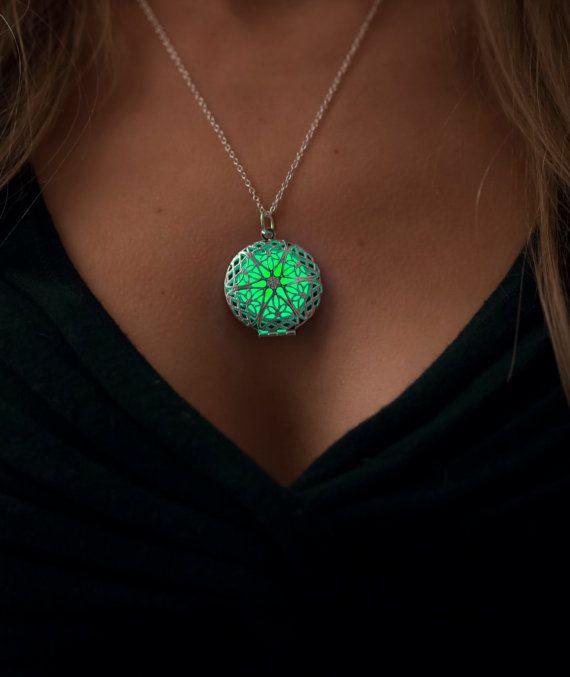 Green Glow in the Dark Necklace - Glowing Jewelry - Round Glowing Necklace - Glow Necklace - Gifts for Her - Holidays Jewelry - Valentine