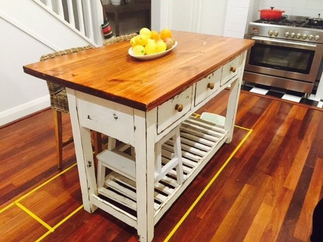 Kitchen island bench plus two coco republic stools other for Kitchen cabinets gumtree