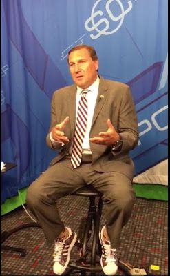 "Shirts With Random Triangles: Dan Mullen brings SEC ""shoe wars"" to ESPN."