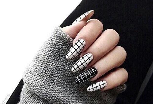 Fekete és fehér körmök | Femcafe