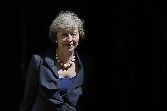 手ごわい交渉相手メイ英次期首相に身構えるEU - ウォールストリートジャーナル日本版