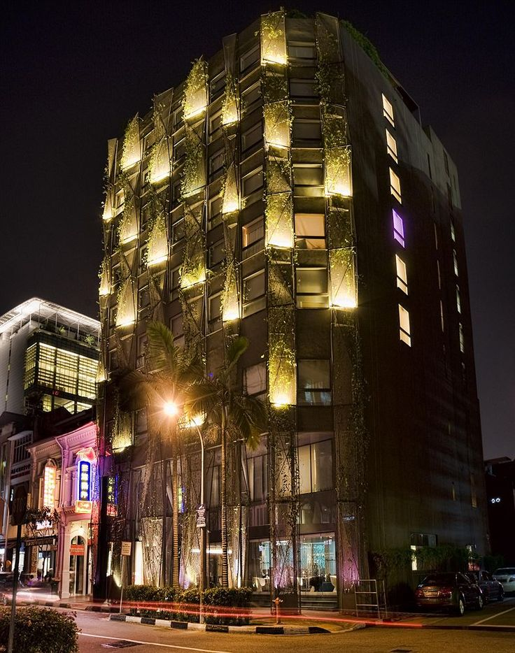 Naumi Hotel   Exterior