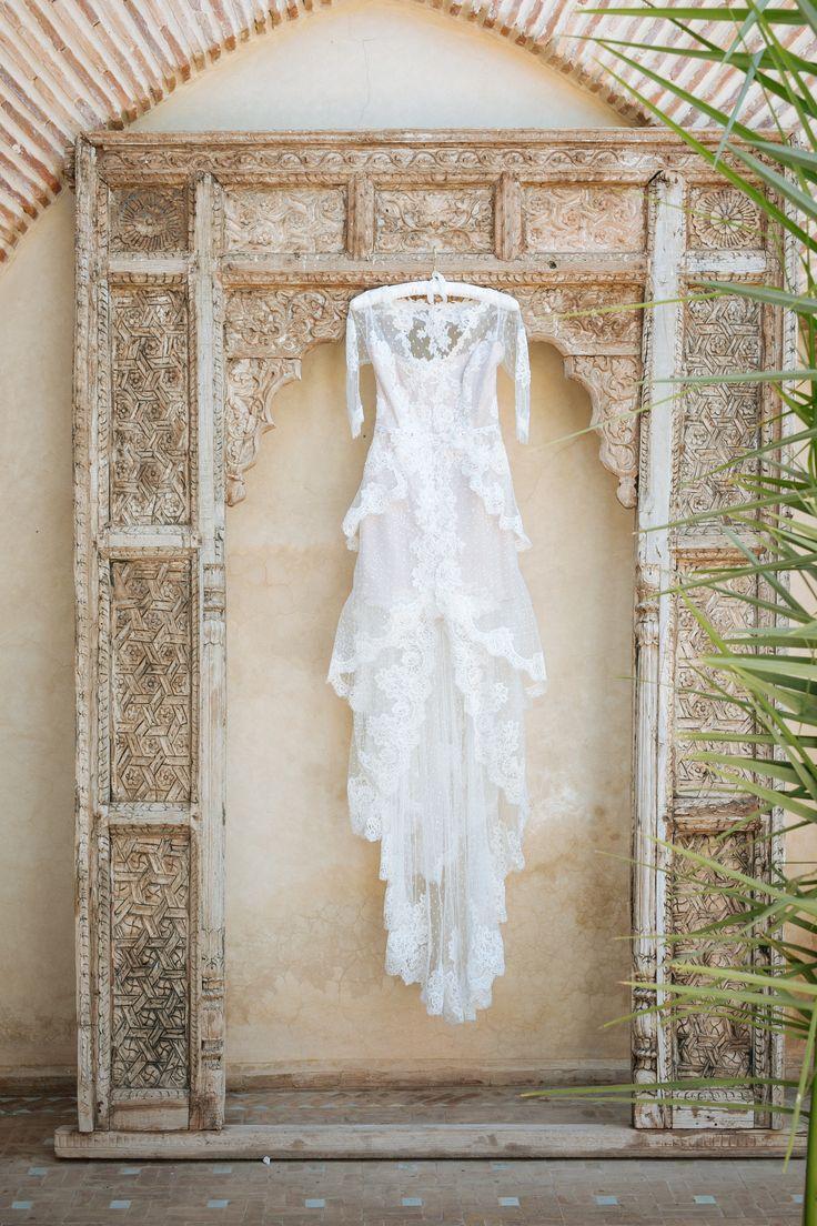 wedding dress// robe de mariage ; hooked//accroché ; skiss ; white//blanc ; lace//dentelle  http://www.skiss.fr/