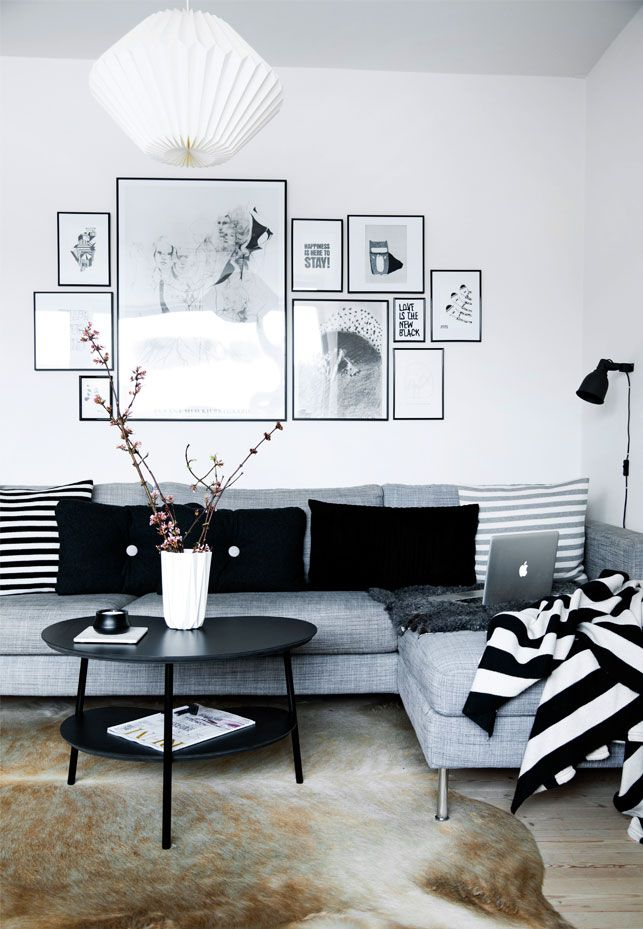 Black and white scandinavian. Via Boligliv