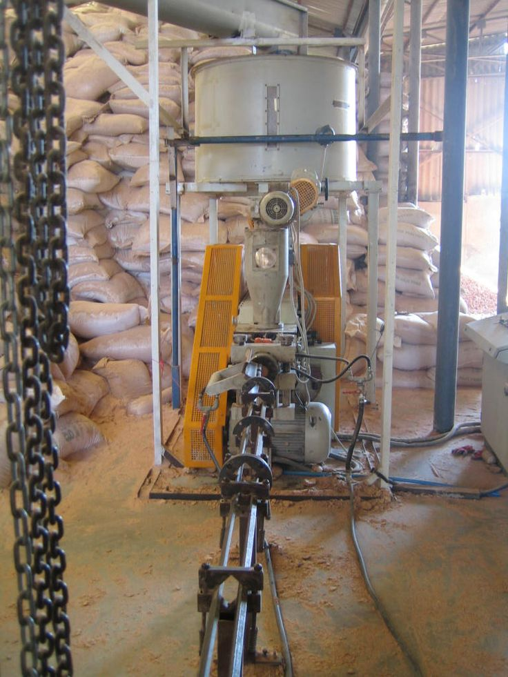 http://www.biomaz.gr/EL/Μπρικέτα/Μηχανήματα-παραγωγής
