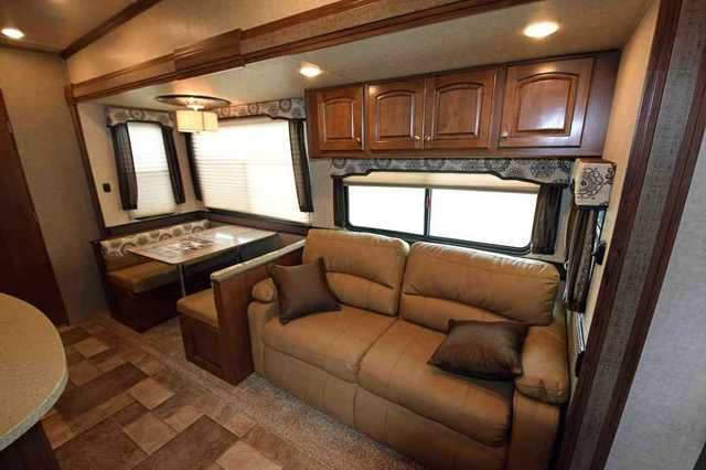 2016 New Heartland Rv Oakmont 385QB Fifth Wheel in Ohio OH.Recreational Vehicle, rv, 2016 Heartland RV Oakmont 385QB, RVWholeslaers' Price is well below $58649 price show here, this is the minimum advertising price (MAP) RV Dealers are allowed to show on the internet. We apologize for the inconvenience but the manufacturers' policy allows RV Dealers to gouge unsuspecting customer. Feel free to call 1-877-877-4494 for our actual selling price. 2016 Heartland RV Oakmont 385QB Fifth Wheel Color…