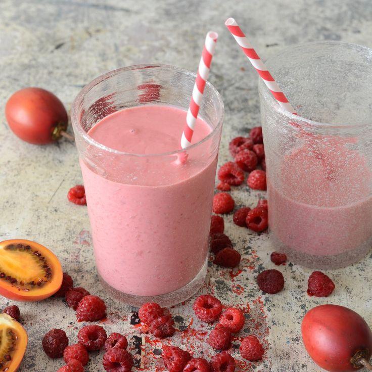 Tamarillo, Berry, Vanilla and Yoghurt Smoothie | Nadia Lim