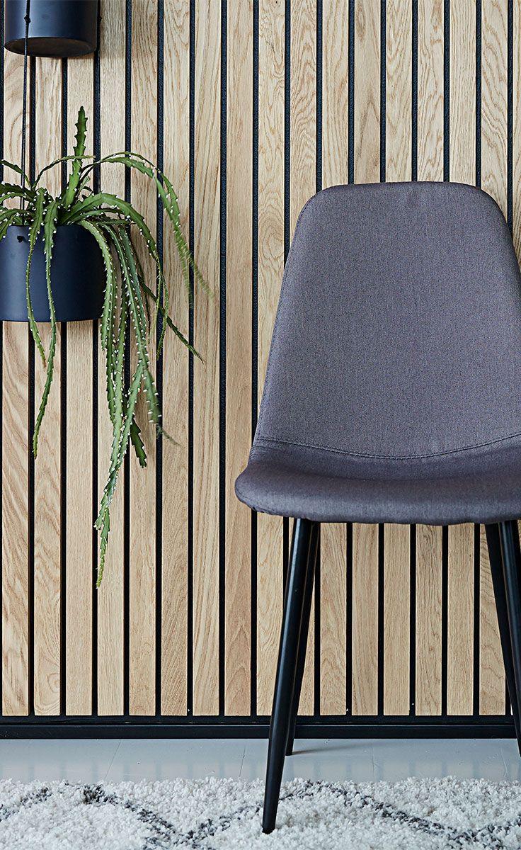 JONSTRUP spisebordsstol giver lige det sidste touch til din Dark Deco-stil.