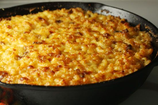 Cast Iron Mac & Cheese from scratch (fantastic directions w/ photos)