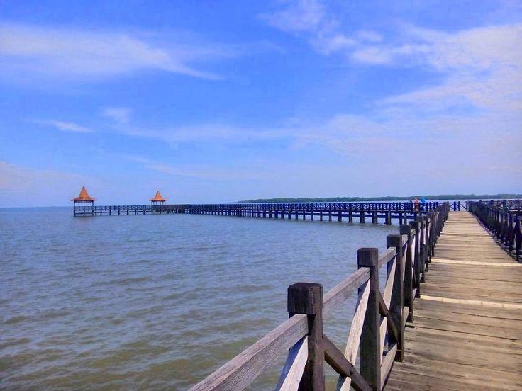 Keindahan Pantai Bentar Probolinggo