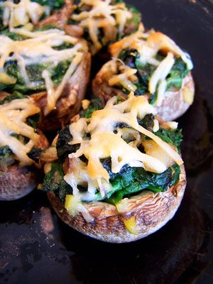 Spinach Stuffed Mushrooms with Garlic and Parmesan