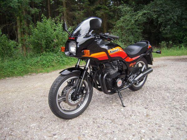 Kawasaki's & Honda's from the 80's — Kawasaki GPZ550 1989 Nur 16.800KM Neuwertig...