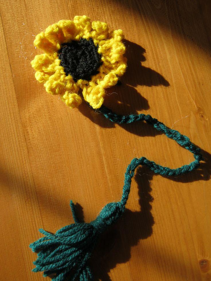 sunflower bookmark - crochet