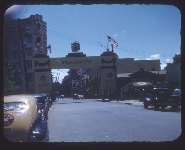 Entrada a Río Piedras,años 50,San Juan,Puerto Rico.