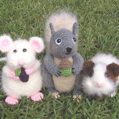 Squirrel Crochet Pattern | FreshStitches