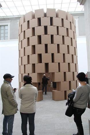 Zimoun propose deux installations sonores et monumentales, inspirées de l'architecture, exposées aux Champs libres et au Musée des beaux-arts, à Rennes. (Ouest France)