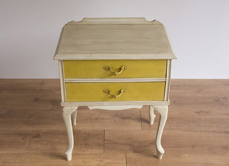 17 mejores ideas sobre mesa de pintura de tiza en - Pintores de muebles ...
