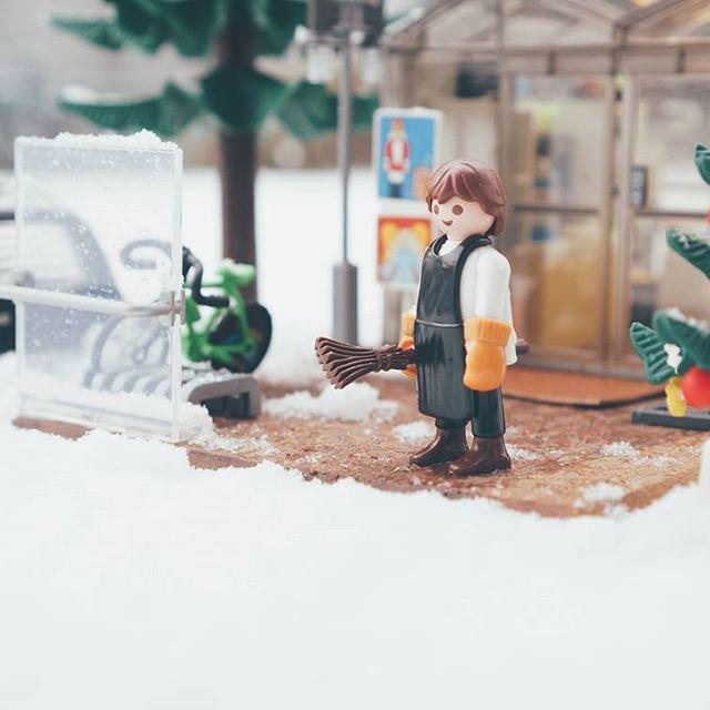 beginstosnow _ #playmobil #플레이모빌 #카페 #café #눈 #snow